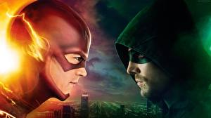 Картинка Герои комиксов Флэш телесериал 2014 Флэш герои Двое Капюшон Arrow, Stephen Amell, 4 season Кино Фэнтези