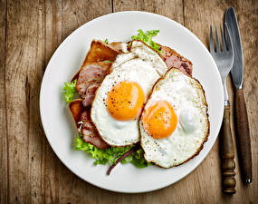 Обои Нож Яичница Тарелка Вилка Завтрак Еда фото