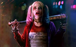 Обои Харли Квинн герой Отряд самоубийц 2016 Блондинка Бейсбольная бита Девушки