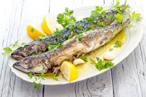 Обои Морепродукты Рыба Лимоны Тарелка Еда