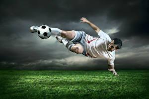 Фотография Футбол Мужчины Мяч Трава Униформа Спорт