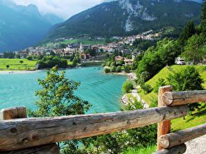 Фотографии Италия Здания Озеро Горы Molveno Города