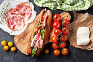 Обои Фастфуд Бутерброды Ветчина Помидоры Сыры Еда фото