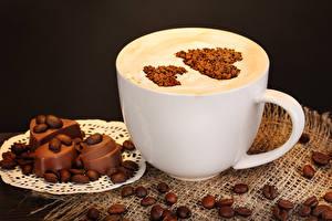 Картинка Кофе Шоколад Капучино Сердце Зерно Чашка Еда