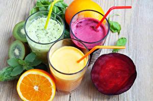 Обои Напитки Коктейль Овощи Цитрусовые Фрукты Смузи Свекла Стакан Трое 3 Продукты питания