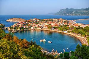 Картинка Турция Здания Море Причалы Бухта Amasra Города