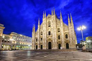 Фотография Италия Храмы Дома Собор Уличные фонари Ночь Milan Cathedral