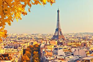Обои Франция Дома Осень Париж Эйфелева башня Города фото