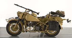 Картинка Ретро Сбоку 1941-46 BMW R 75 Мотоциклы