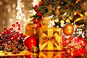 Фотография Праздники Рождество Подарки Шар Ветки