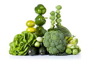 Картинка Овощи Перец овощной Капуста Томаты Брокколи Зеленых Белый фон Пища