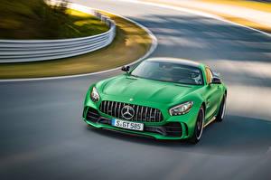 Обои Mercedes-Benz Движение Зеленый 2016 AMG GT R (C190) Автомобили фото