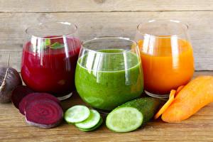 Фотографии Сок Овощи Огурцы Морковь Стакан Трое 3 Пища