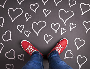 Картинки Ноги Джинсы Сердце Кеды