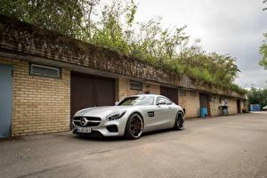 Картинки Mercedes-Benz Серебристый 2015-16 AMG GT S Авто