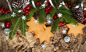 Обои Новый год Печенье Ветки Снежинки Шарики Пища