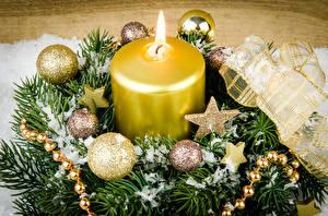 Картинка Рождество Свечи Ветвь Шарики