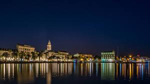 Обои Хорватия Дома Сплит (город) Водный канал Ночь Пальмы Города фото