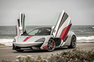 Картинка McLaren Тюнинг Серебристый 2016 Vorsteiner 570-VX Автомобили