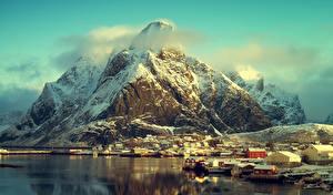 Фотографии Норвегия Горы Дома Берег Лофотенские острова Снег Города