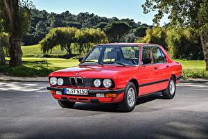 Картинки BMW Старинные Красных Металлик 1983-87 524td машина
