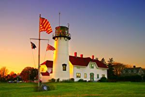 Картинка США Маяки Вечер Трава Флаг Chatham Harbor Massachusetts Природа