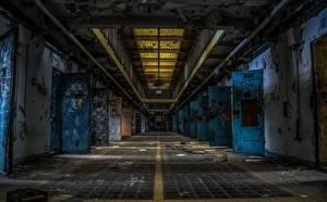 Фотография Тюрьма Двери