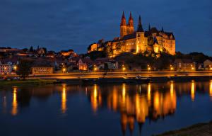 Обои Германия Замки Реки Дома Ночь Башня Водный канал Meissen Albrechtsburg Города фото