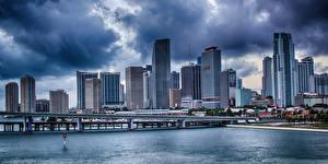 Обои США Дома Реки Мосты Майами Облака Города фото