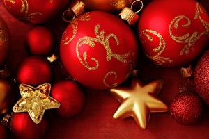 Обои Праздники Новый год Красный Шарики Звездочки фото