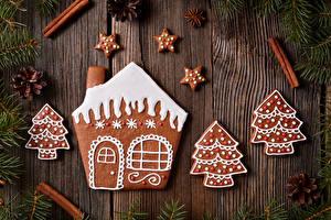 Картинки Рождество Печенье Корица Дизайн Ветки Шишки Доски