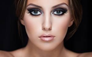 Обои Глаза Лицо Макияж Девушки фото