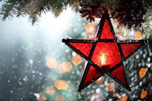 Обои Праздники Новый год Свечи Крупным планом Ветки Звездочки фото