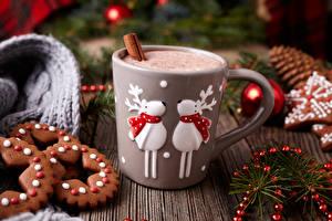 Фотографии Рождество Напитки Печенье Олени Горячий шоколад Кружка