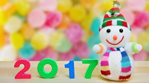 Обои Новый год 2017 Снеговики Шапки фото