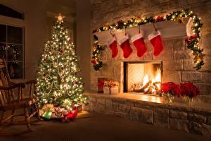 Обои Новый год Праздники Камин Носки Елка Гирлянда фото
