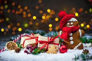 Фото Новый год Печенье Подарки Снег