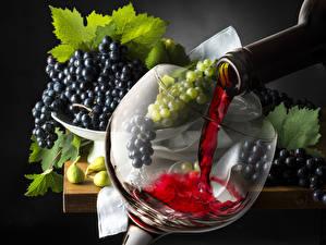 Обои Вино Виноград Напитки Бокалы Бутылка Еда фото
