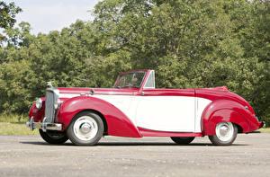 Обои Ретро Тюнинг Кабриолет Красный Металлик 1952 Alvis TA21 Drophead Coupe by Tickford Автомобили фото