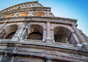 Обои Рим Колизей Италия Крупным планом Арка Города фото