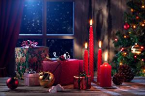 Фотография Новый год Свечи Окно Подарки Шар Шишки