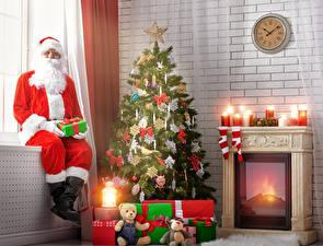 Обои Рождество Игрушки Свечи Санта-Клаус Подарки Елка Камин Униформа