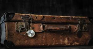 Обои Часы Карманные часы Чемодан фото