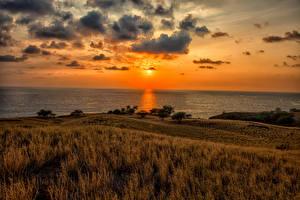 Обои Пейзаж Рассветы и закаты Побережье Небо США Океан Гавайи Облака Горизонт Kawaihae Природа фото