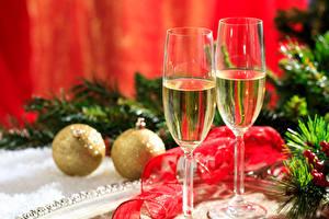 Обои Праздники Рождество Шампанское Бокалы Вдвоем Шар Пища