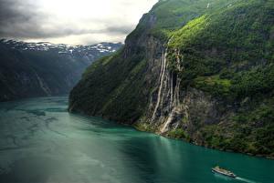 Обои Норвегия Горы Речка Водопады Утес Sc Seven Sisters Waterfall