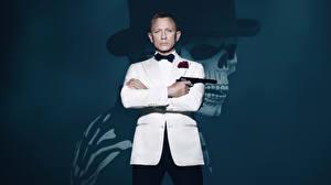 Обои Мужчины Daniel Craig Агент 007. Джеймс Бонд Костюм Spectre 2015 Фильмы Знаменитости фото