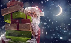Картинка Новый год Полумесяц Санта-Клаус Ночь Луна Подарки