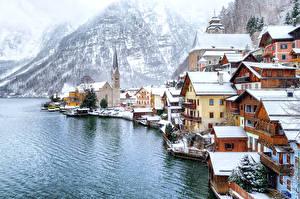 Фотографии Австрия Дома Горы Зима Халльштатт Побережье Снег