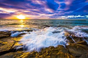Обои Побережье Волны Рассветы и закаты Пейзаж Камни США Океан Гавайи Природа фото